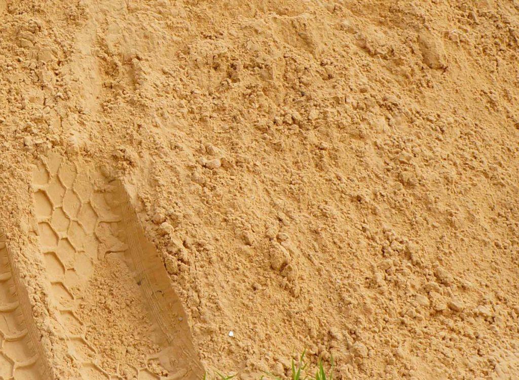 Песок в Гатчине